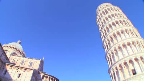 Low-angle-view-of-the-famous-Leaning-Tower-of-Pisa
