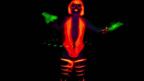 Woman-Glow-04