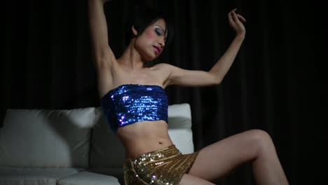 Shiny-Woman-Dancer-10