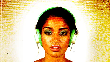 Woman-Headphones-Multi-00