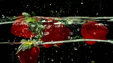 Slomo-Strawberry-09