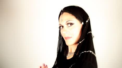 Woman-Oriental-New-01