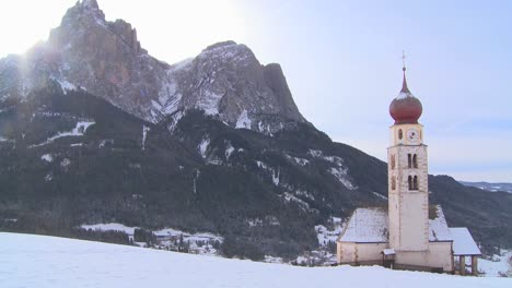 An-Eastern-church-in-a-snowbound-Tyrolean-village-in-the-Alps-in-Austria-Switzerland-Italy-Slovenia-or-an-Eastern-European-country-1