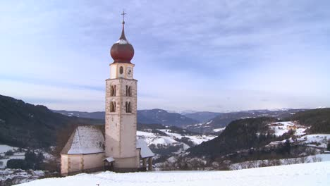 An-Eastern-church-in-a-snowbound-Tyrolean-village-in-the-Alps-in-Austria-Switzerland-Italy-Slovenia-or-an-Eastern-European-country-3
