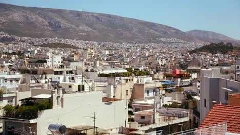 Plano-Amplio-De-Establecimiento-De-Atenas-Grecia-Bajo-El-Sol