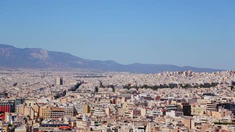 Amplia-Toma-De-Establecimiento-De-Atenas-Grecia-Bajo-Un-Sol-Brillante-1