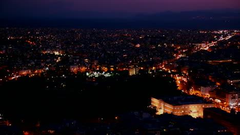 Hermosa-Toma-Panorámica-De-Atenas-Grecia-Y-La-Acrópolis-Al-Atardecer-O-De-Noche