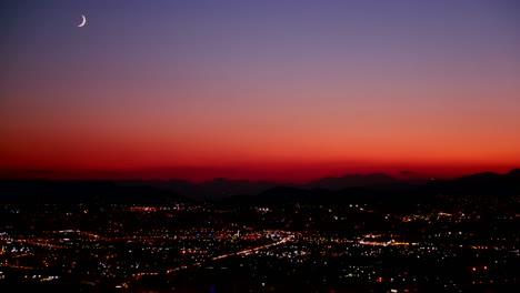 Un-Atardecer-Nocturno-Sobre-Una-Concurrida-Ciudad-Metrópolis-1