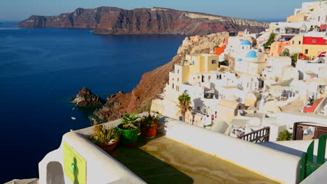 Colorful-houses-line-the-hillsides-of-the-Greek-Island-of-Santorini-2