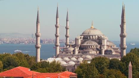 La-Mezquita-Azul-En-Estambul-Turquía-1