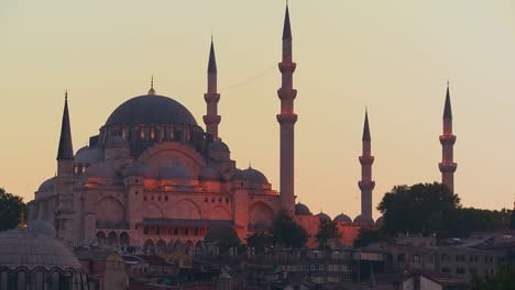 A-beautiful-mosque-in-Istanbul-Turkey