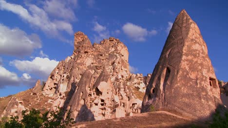 Time-lapse-over-strange-towering-dwellings-and-rock-formations-at-Cappadocia-Turkey-1