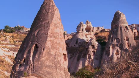 The-strange-towering-dwellings-and-rock-formations-at-Cappadocia-Turkey-2