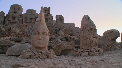 The-great-archeological-ruins-on-the-summit-of-Mt-Nemrut-Turkey-1