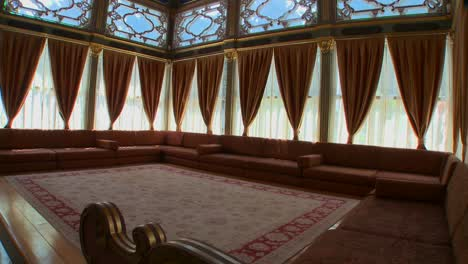 The-interior-of-a-luxurious-meeting-room-or-sitting-hall-of-the-Ottoman-Empire