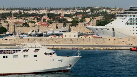 Cruise-ships-in-the-ancient-harbor-of-Rhodes-in-the-Greek-Islands