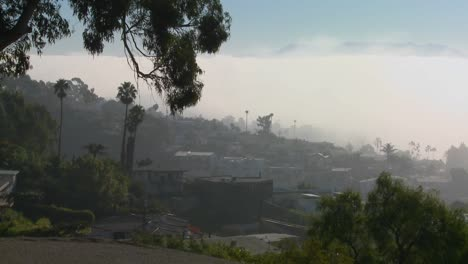 Fog-rolls-into-neighbors-in-Southern-California-in-this-time-lapse-shot