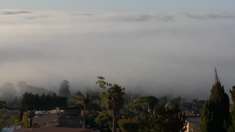 Fog-rolls-into-neighbors-in-Southern-California-in-this-time-lapse-shot-1