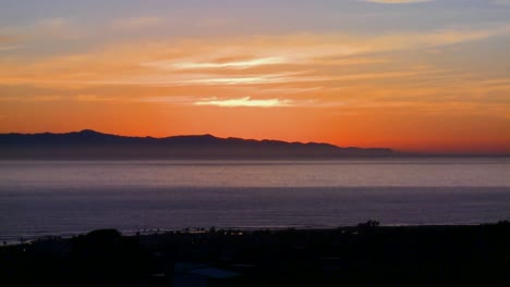 The-sun-sets-behind-the-Channel-Islands-in-Southern-California