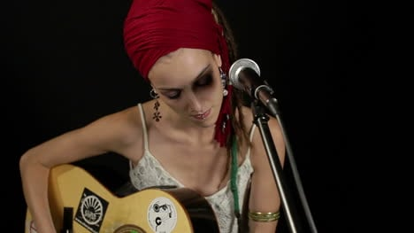 Female-Musician-82