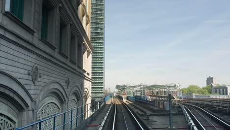 DLR-Train-Moving-08