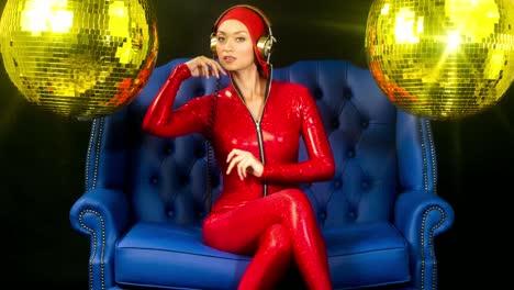 Mujer-rojo-00
