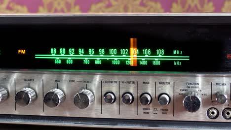 Radio-De-Fondo-De-Pantalla-06