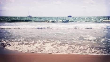 Wiakiki-Beach-02