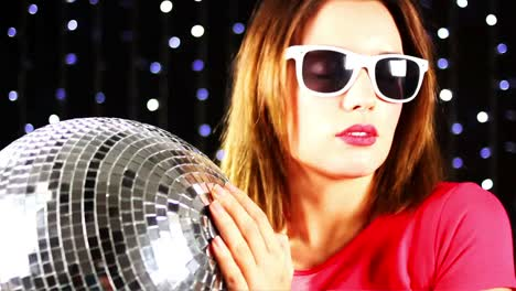 Woman-Discoball-00