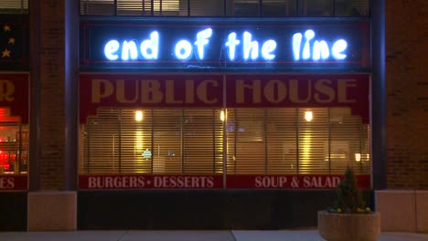 The-End-of-the-line-bar-and-grill-at-night