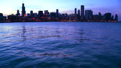 El-Horizonte-De-La-Ciudad-De-Chicago-En-El-Crepúsculo-4