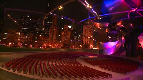Nighttime-shot-of-the-Jay-Pritzker-Pavilion-in-Chicagos-Millennium-park