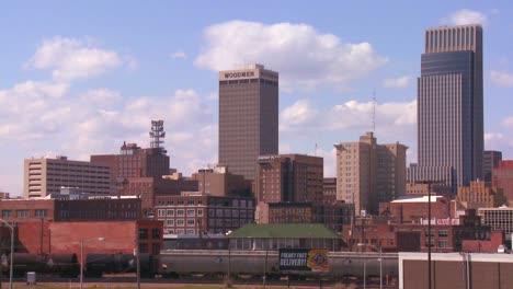 Omaha-Nebraska-skyline-by-day-1