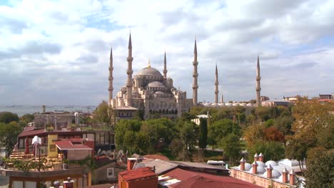 The-Blue-Mosque-in-Istanbul-Turkey-5