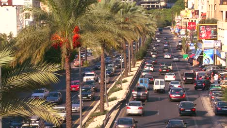 Traffic-clogs-the-roads-of-Beirut-Lebanon-4
