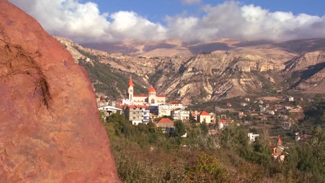 Christian-churches-dot-the-beautiful-hills-of-Lebanon-1
