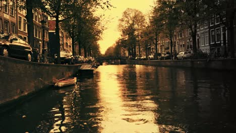 Amsterdam-Sunset-00