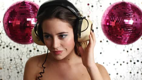Woman-Dancing-with-Headphones-On-04