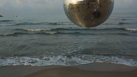 Beach-Discoball-3