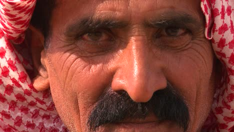 Close-up-of-a-face-of-a-Palestinian-Bedouin-man-in-headscarf