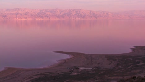 A-high-and-wide-shot-of-the-shoreline-of-the-Dead-Sea-in-Israel-at-dusk-1