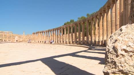 The-Roman-ruins-of-Jerash-in-northern-Jordan
