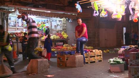 Vendors-at-market-stalls-in-East-Jerusalem