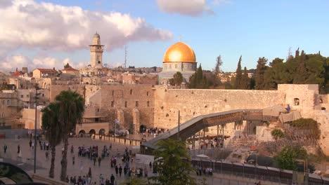 Die-Felsenkuppel-überragt-Die-Altstadt-Von-Jerusalem-Und-Die-Klagemauer