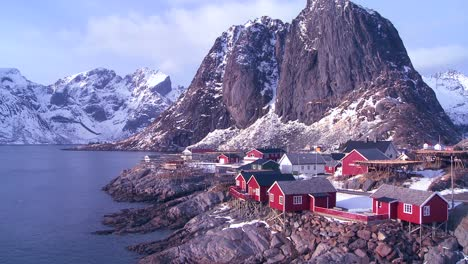 Amazing-view-of-a-red-fishing-village-in-the-Arctic-Lofoten-Islands-Norway