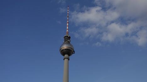 Berlin-Tv-Tower-00