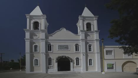 Church-Los-Cabos-01