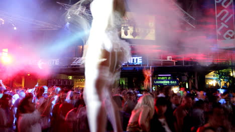 Night-Club-Dance-5