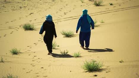 Desert-Nomads-00