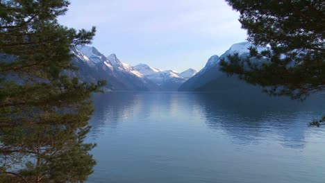 Tranquil-and-peaceful-wide-shot-of-the-fjords-of-Norway